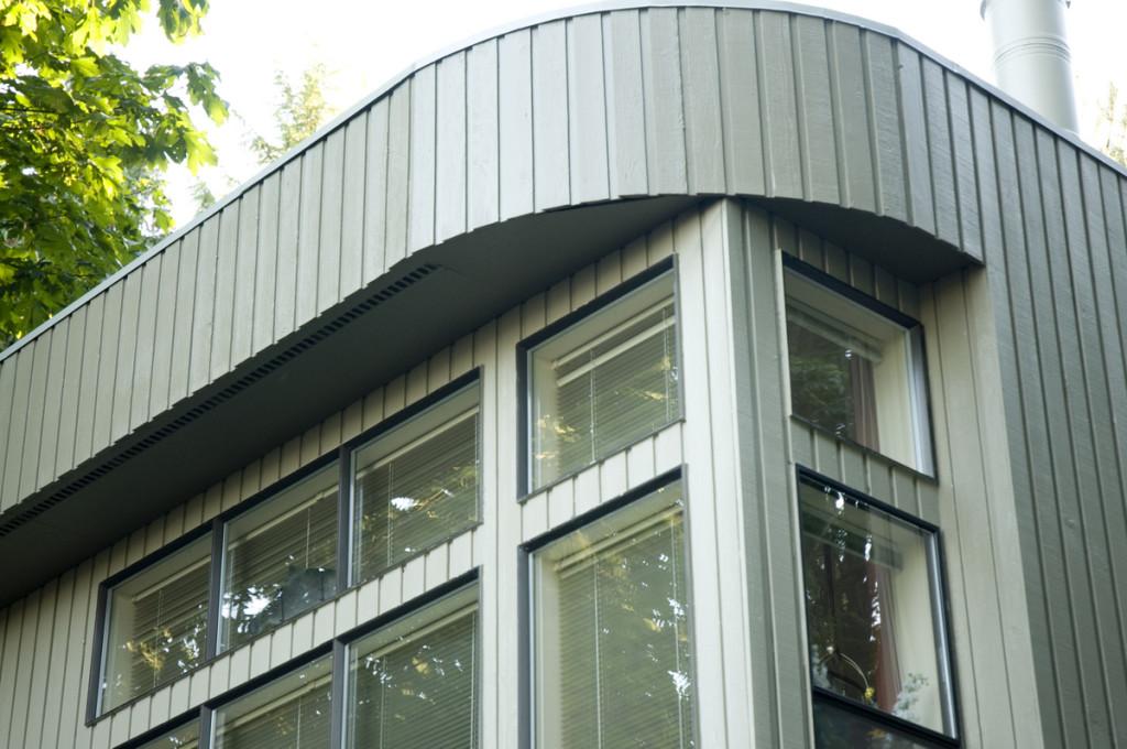 Leschi modern windows two-tone